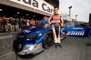 Pedrosa and the Honda NSX Concept-GT car