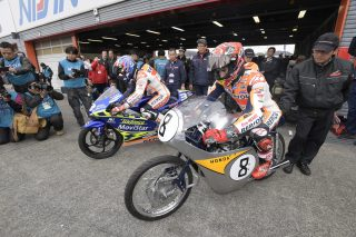 Pedrosa on the RS125R he won his 2003 125cc World Championship with, Marquez on historic RC142