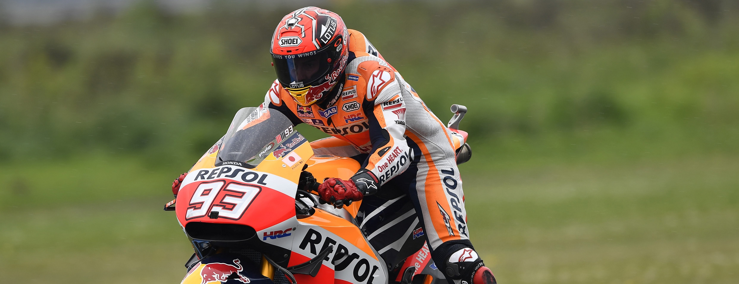 Challenging qualifying for Repsol Honda Team at Assen