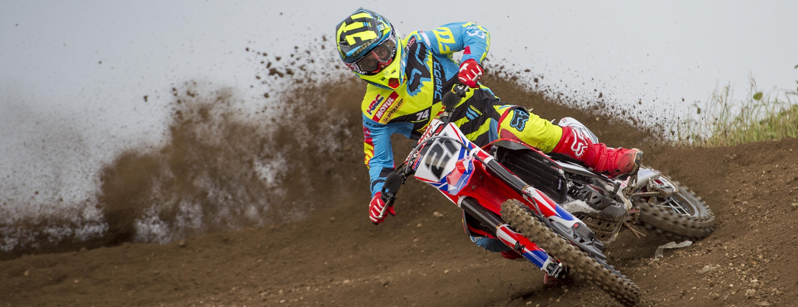 Tough opening day for Team HRC in Loket
