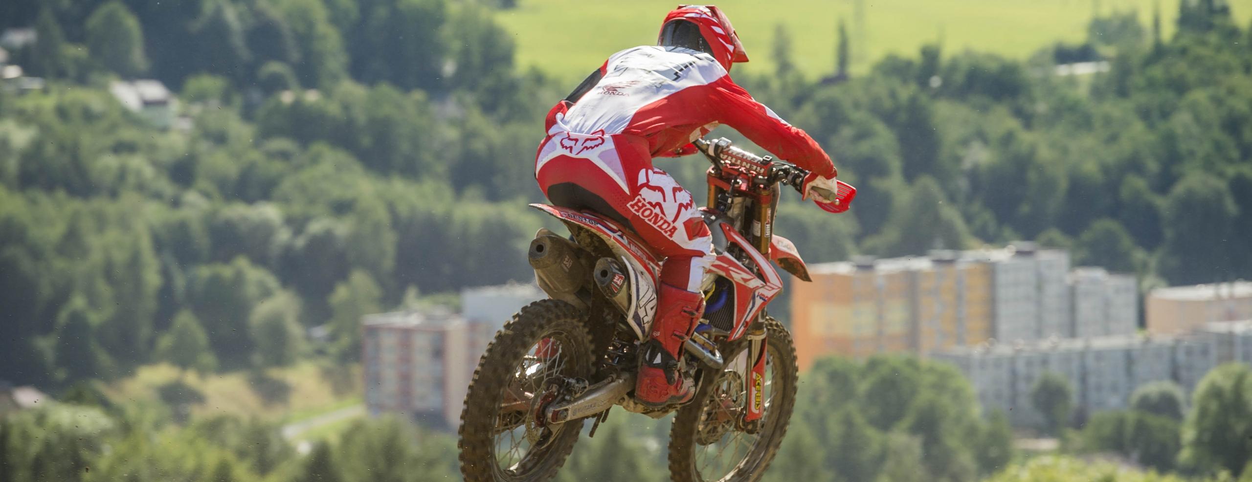 Beaton shows promising start in Loket