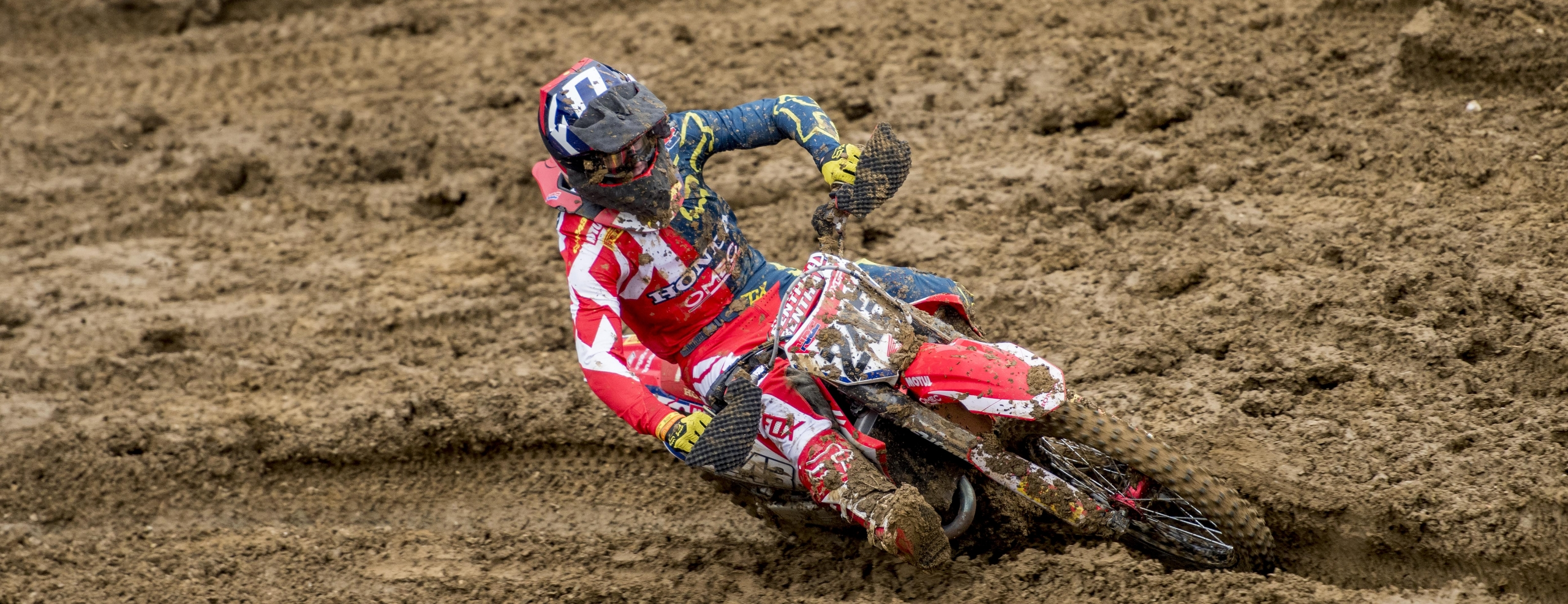 Gajser ends season on podium