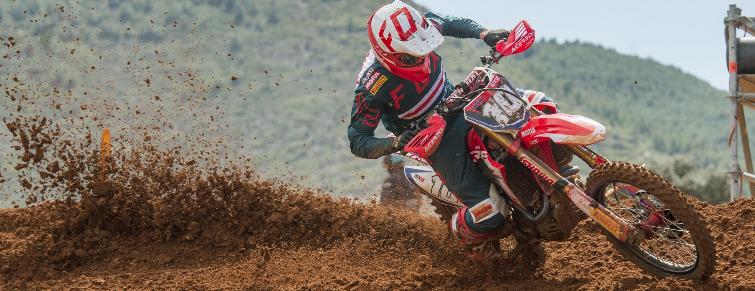 Vlaanderen makes up for early tumble in RedSand's MX2 qualifying race