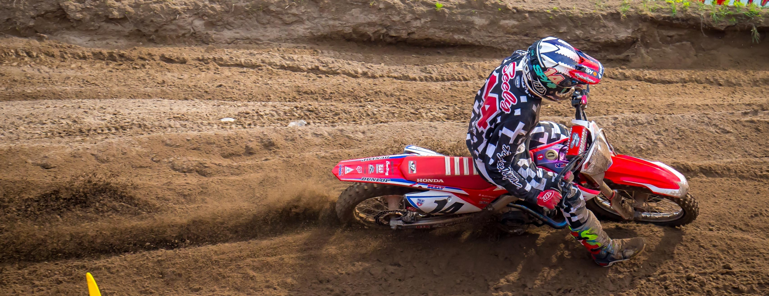 Seely, Craig Finish Sixth and Seventh at Southwick National
